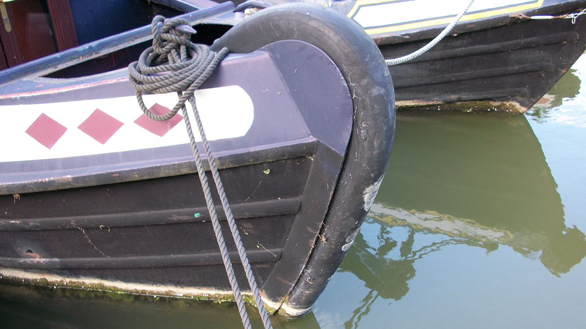 Apart from the detailed examination of the hull, the In Water Pre-Purchase Survey covers that of the Pre-Purchase Survey
